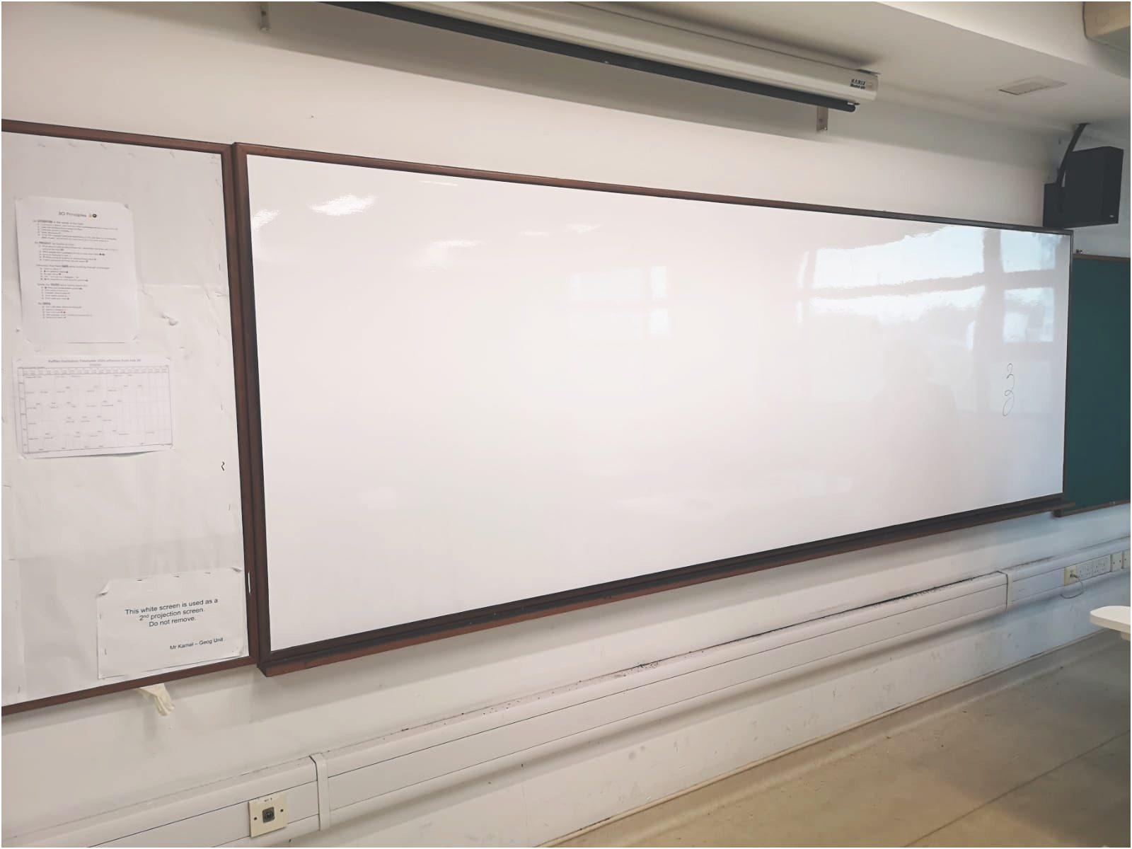 Visual Magnetic whiteboard with frame